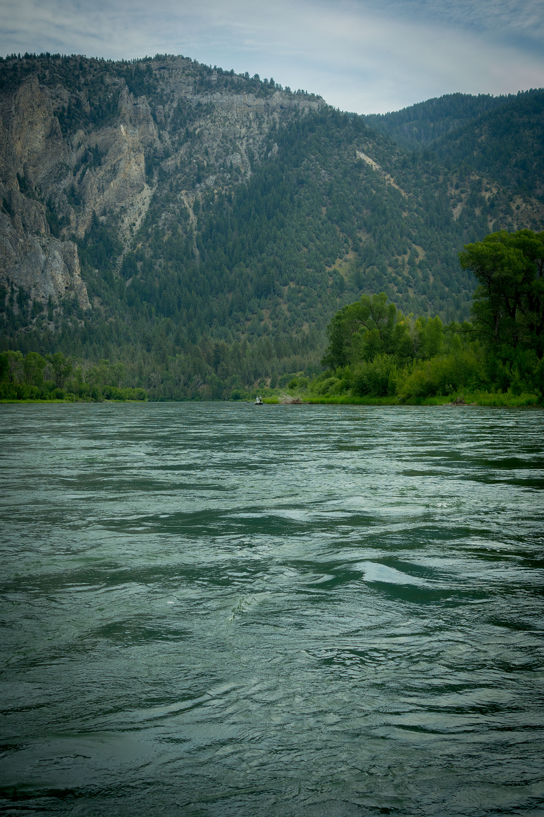 Blow this photo up for a sense of scale. That drift boat gives you some idea of the size of the South Fork Canyon.