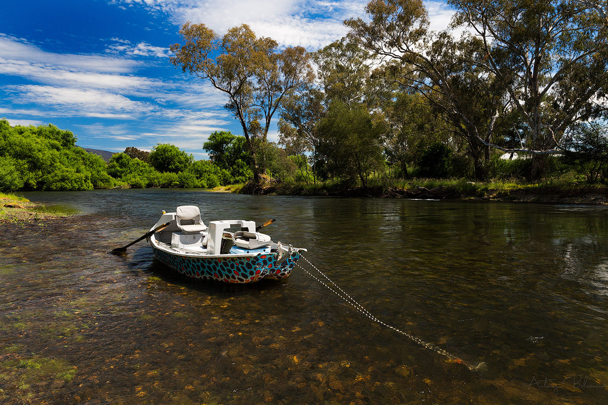 drift boat guided fly fishing goulburn river australia