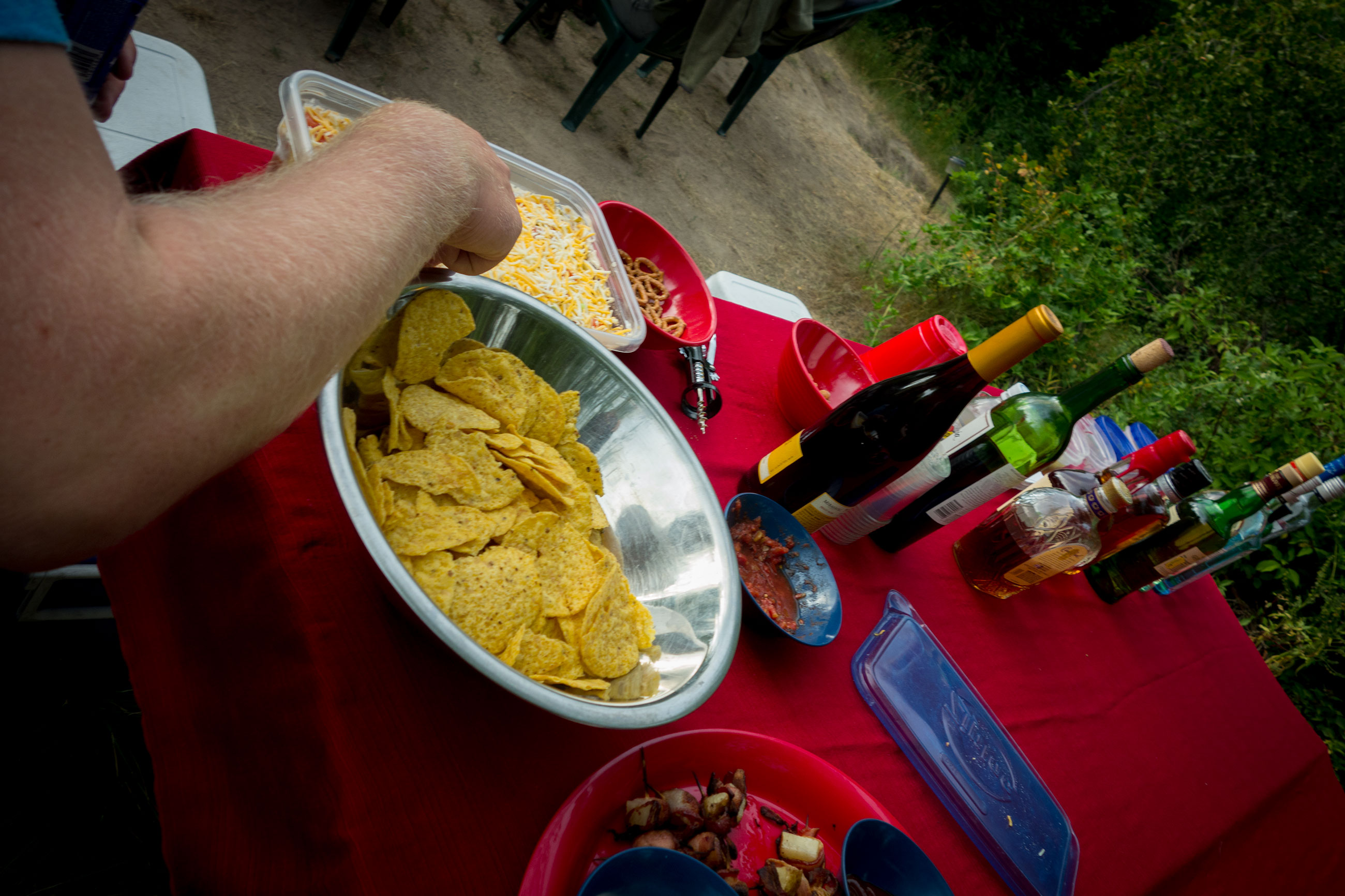 Dips and drinks to start the evening.